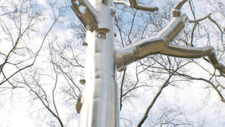 Roxy Paine: Reaching the Sublime