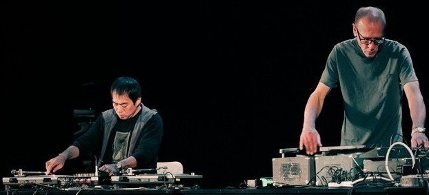 Christian Marclay (right) performing with Otomo Yoshihide at the Japan Society in  New York.
