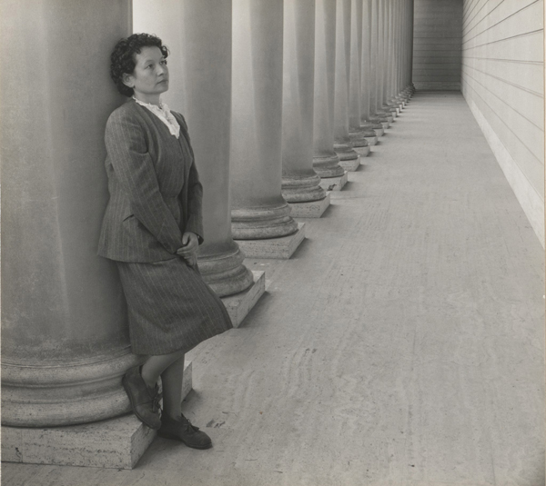 Richard Muffley's photo of Rose Mandel at the California Palace of the Legion of Honor, 1954.  ROSE MANDEL ARCHIVE, OAKLAND