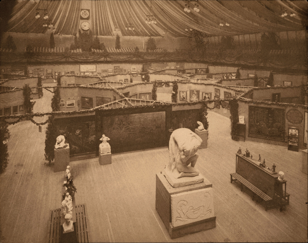 An installation view of the Armory Show in 1913.SMITHSONIAN INSTITUTION, WASHINGTON, D.C., ARCHIVES OF AMERICAN ART, WALT KUHN, KUHN FAMILY PAPERS AND ARMORY SHOW RECORDS.