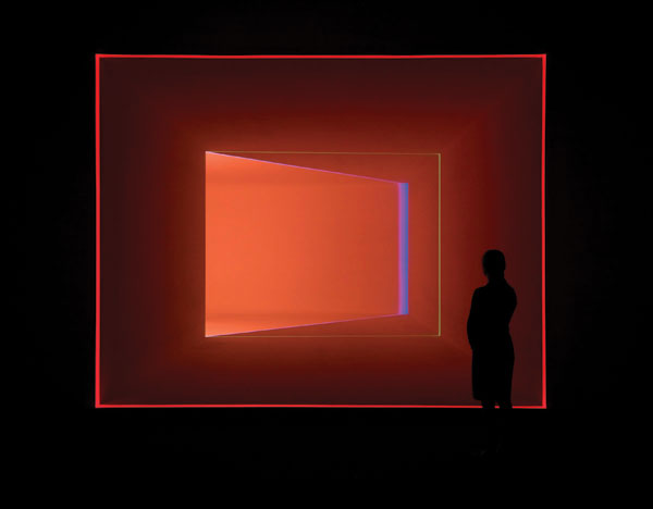 Caper (Salmon-White), 2000, composed of LED and fluorescent light,  is installed in Houston's Mies van der Rohe–designed glass pavilion. THOMAS DUBROCK/©JAMES TURRELL/MUSEUM OF FINE ARTS, HOUSTON, GIFT OF THE ESTATE OF ISABEL B. WILSON IN MEMORY OF PETER C. MARZIO