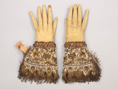 Embroidered gloves from ca. 1595–1605. COURTESY THE GLOVE COLLECTION TRUST