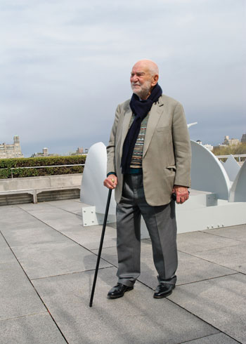 The artist on the roof of the Metropolitan Museum of Art in New York on the occasion of his 2011 exhibition there. COURTESY MITCHELL-INNES & NASH, NEW YORK