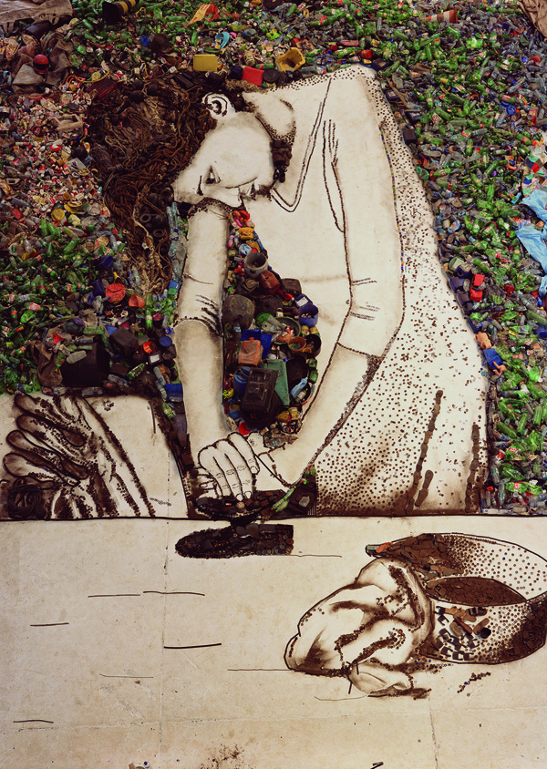 Vik Muniz, Woman Ironing (Isis), 2008, digital C-Print. BRUGER COLLECTION, HONG KONG. ©VIK MUNIZ, VEGAP, BARCELONA 2014.