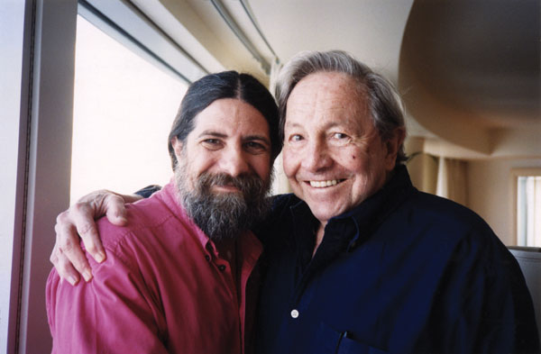 Robert Rauschenberg with his son, Christopher, who is president and chair of the Rauschenberg Foundation's board of directors, in 1999.  JANET STEIN