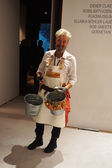 The roving oyster shucker. MAXIMILÍANO DURÓN/ARTNEWS