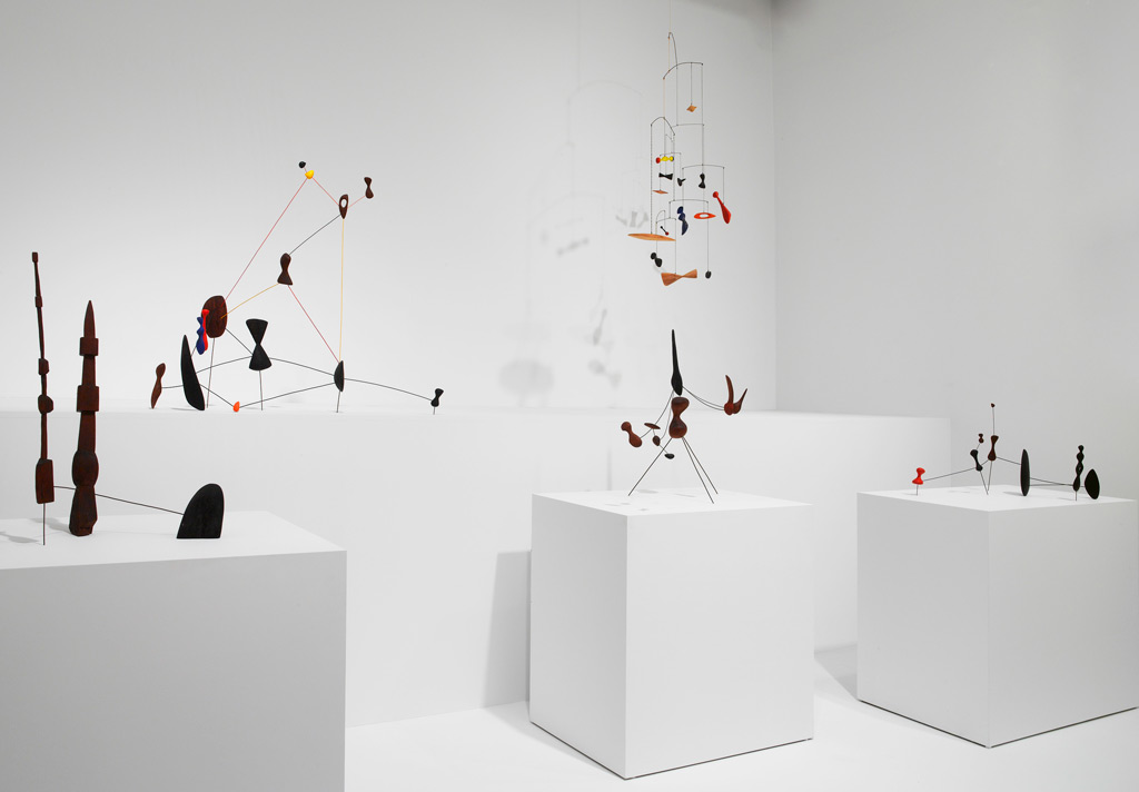 Line St Jean Art Et Design : All about the install on art of hanging alexander calder s