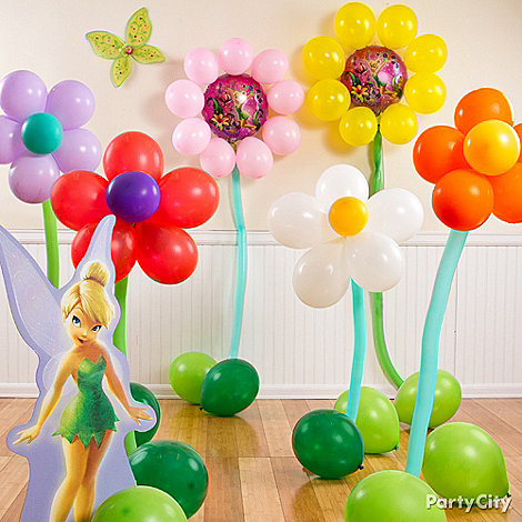 Morning links balloon bouquet edition artnews for Bed decoration with flowers and balloons