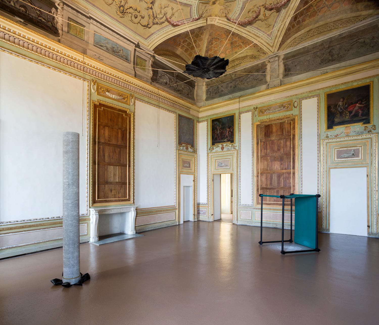 Paint Your Life Letto A Castello.Gilberto Zorio At Castello Di Rivoli Turin Italy Artnews Com