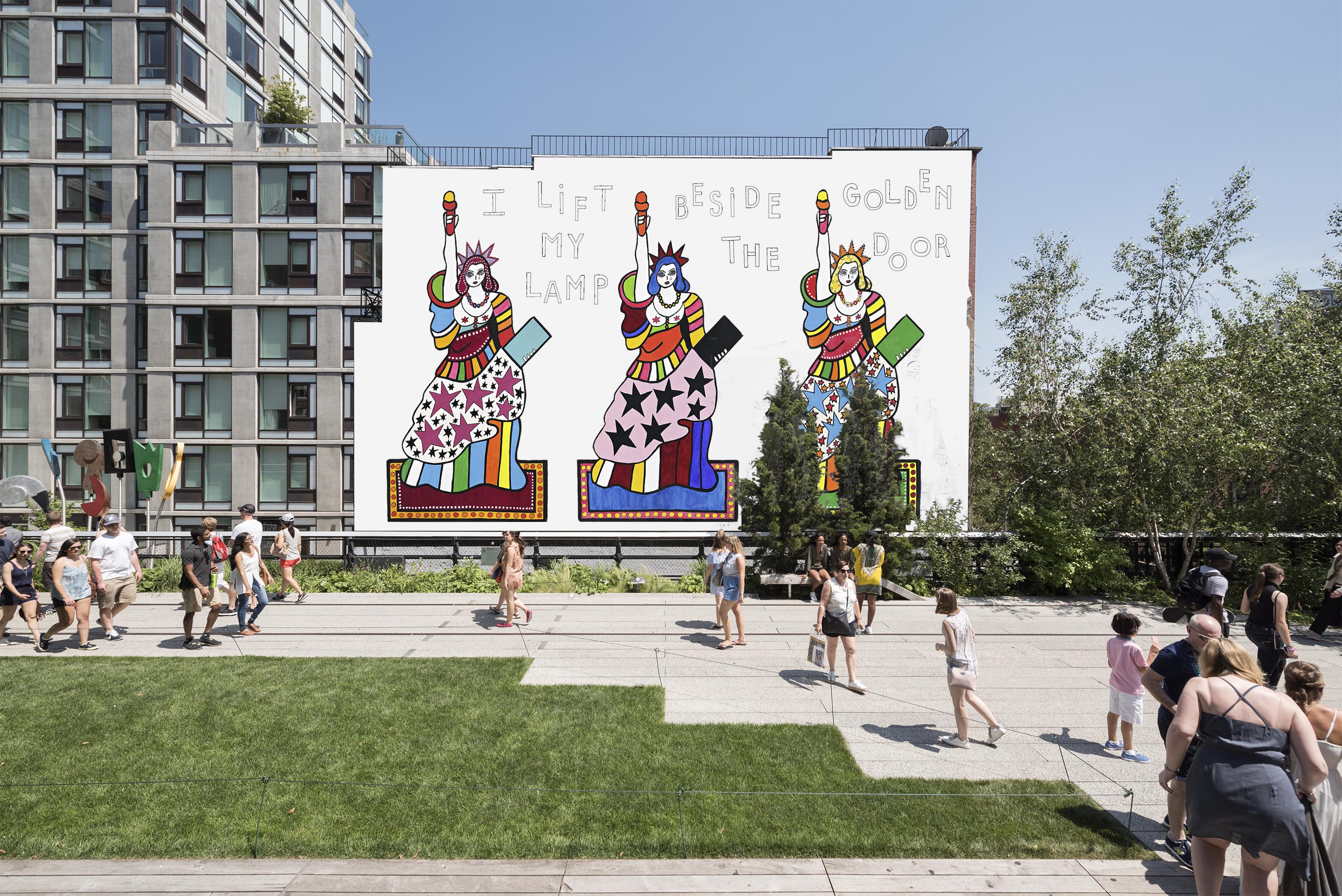 The Golden Door Dorothy Iannone Brings Three Statues of Liberty to the High Line in New York & The Golden Door: Dorothy Iannone Brings Three Statues of Liberty to ...