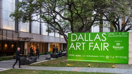 Exterior sign for Dallas Art Fair