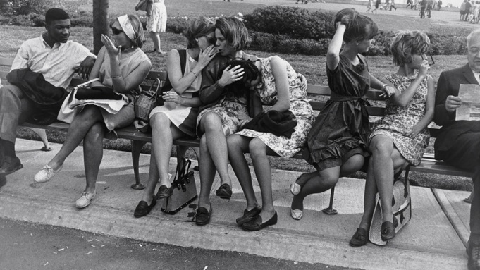 Winogrand-_World%E2%80%99s-Fair-1964.jpg?w=681&h=383&crop=1