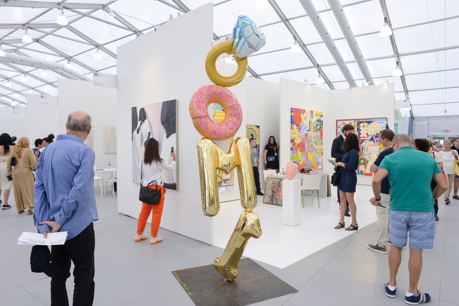 New UBS Collector Report on 'Art in Motion' Finds Market Moving Increasingly Online