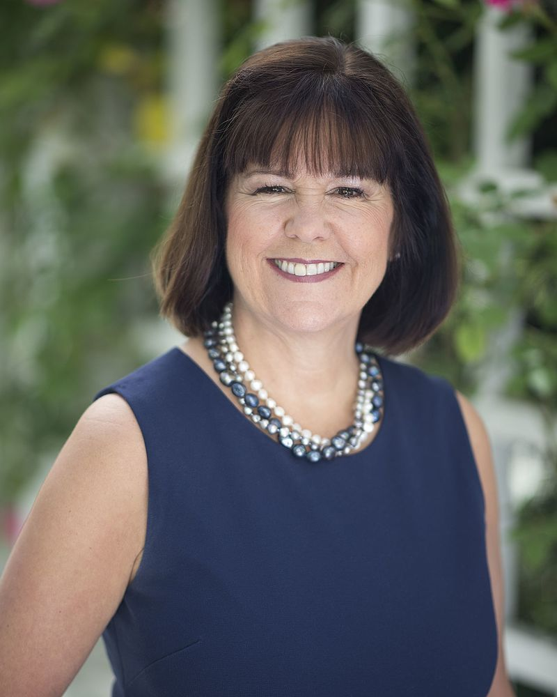 Report: Second Lady Karen Pence Will Teach Art at School Barring Gay People