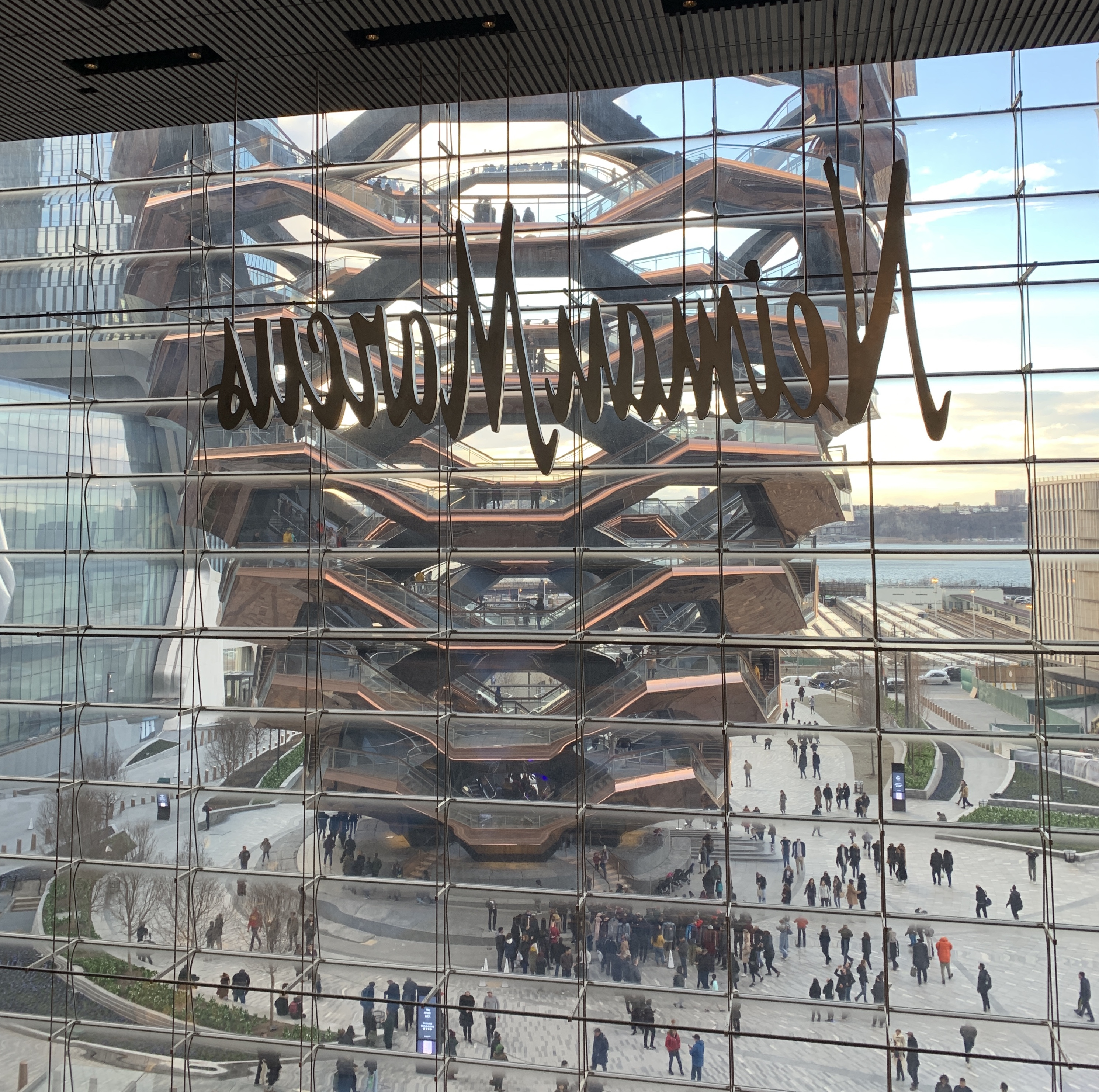 Stairway To Nowhere On The Pleasure Of Hating Thomas Heatherwick S Vessel In Hudson Yards