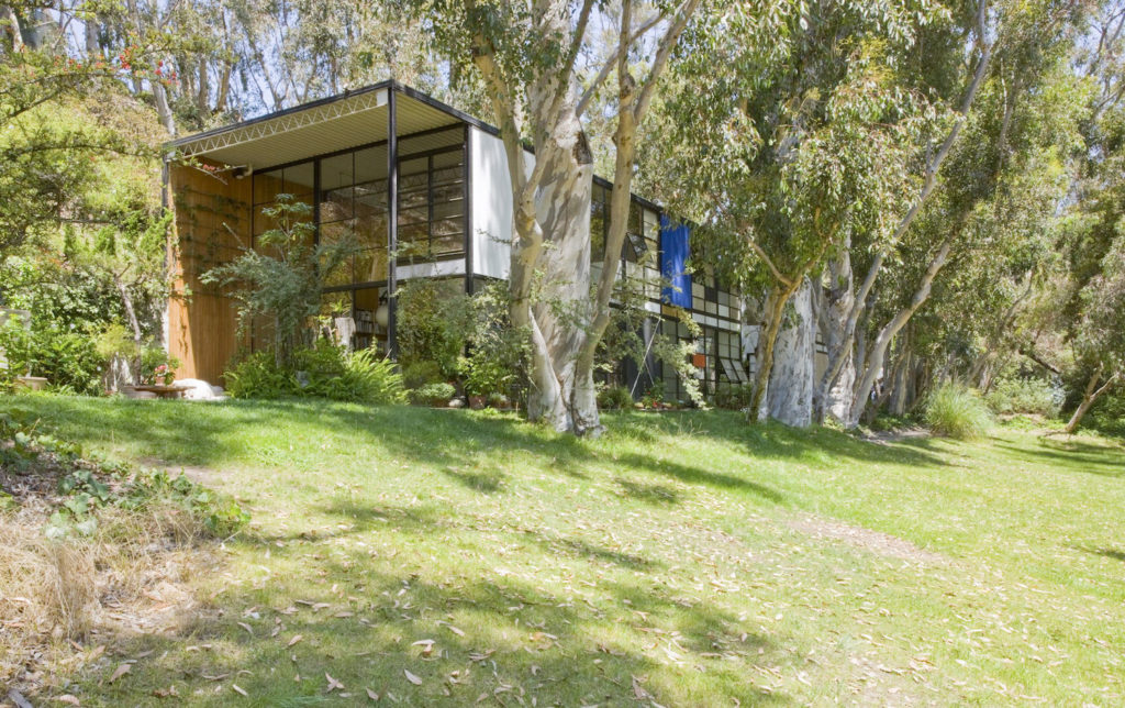Getty Institute Teams on Conservation Plan for Eames House in L.A.