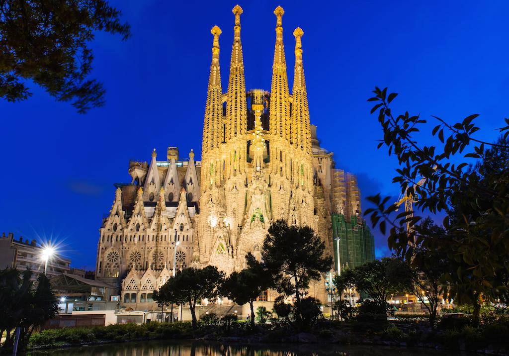 Morning Links: Sagrada Família Building Permit Edition