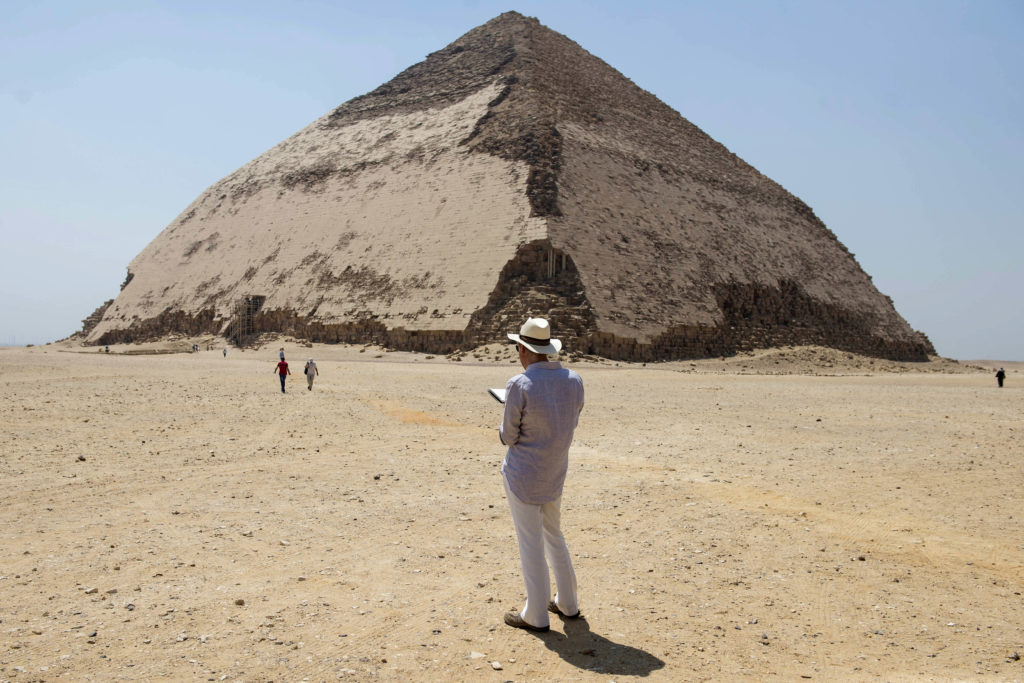 Ancient Egyptian Pyramids Reopen, How Notre-Dame Burned, New Jerry Saltz Book, and More: Morning Links from July 17, 2019 -