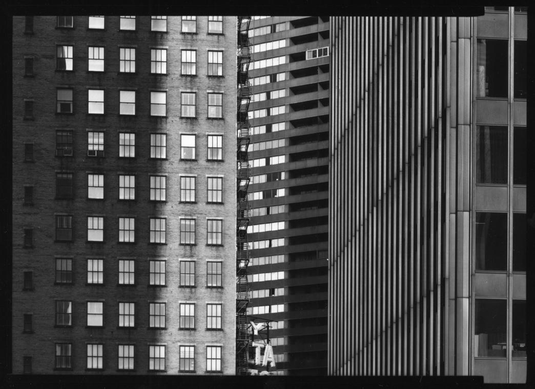 Barbara Crane, Protean Photographer of Intimate Chicagoan Scenes, Dead at 91
