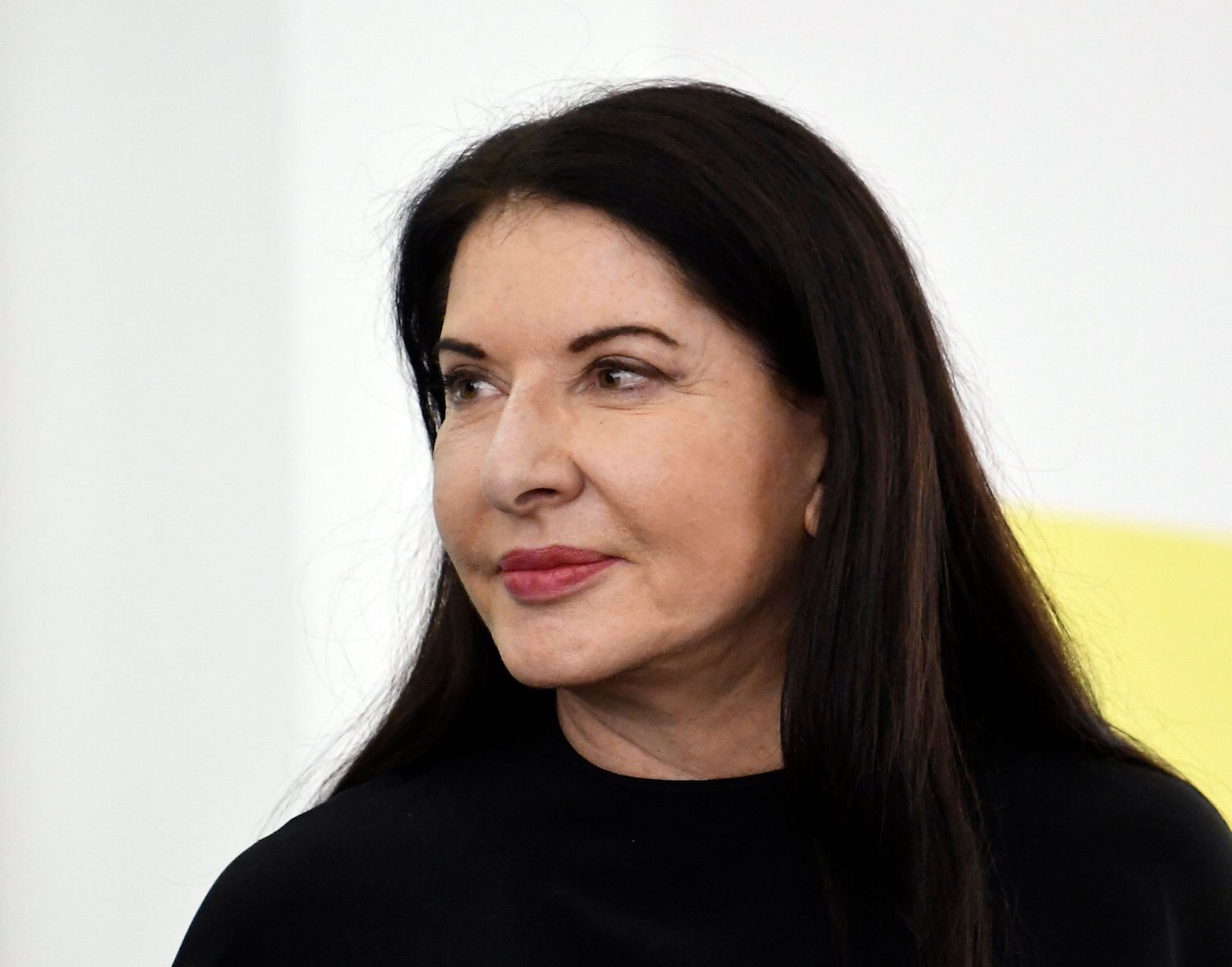 Marina Abramović's Nude Performance Piece 'Imponderabilia' Goes to London in 2020—Can Brits Take the Heat? -