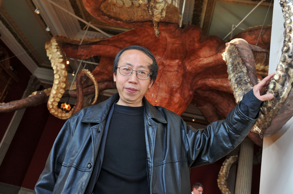 Huang Yong Ping, Provocateur Artist Who Pushed Chinese Art in New Directions, Has Died at 65