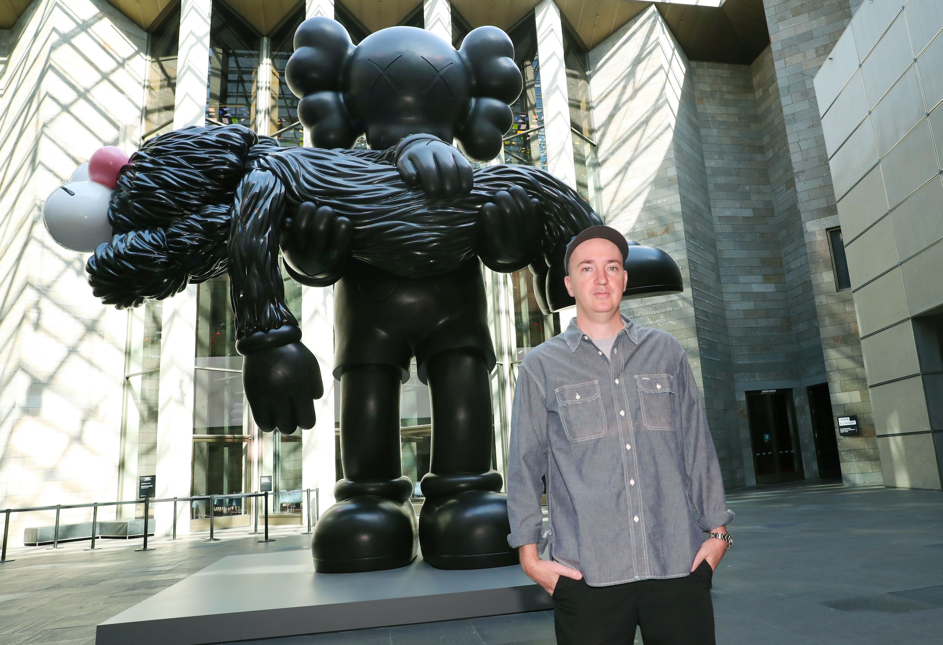 KAWS Pays $17 M. for Brooklyn Building, Contested Banksy Sculpture Withdrawn from Auction, and More: Morning Links from November 19, 2019
