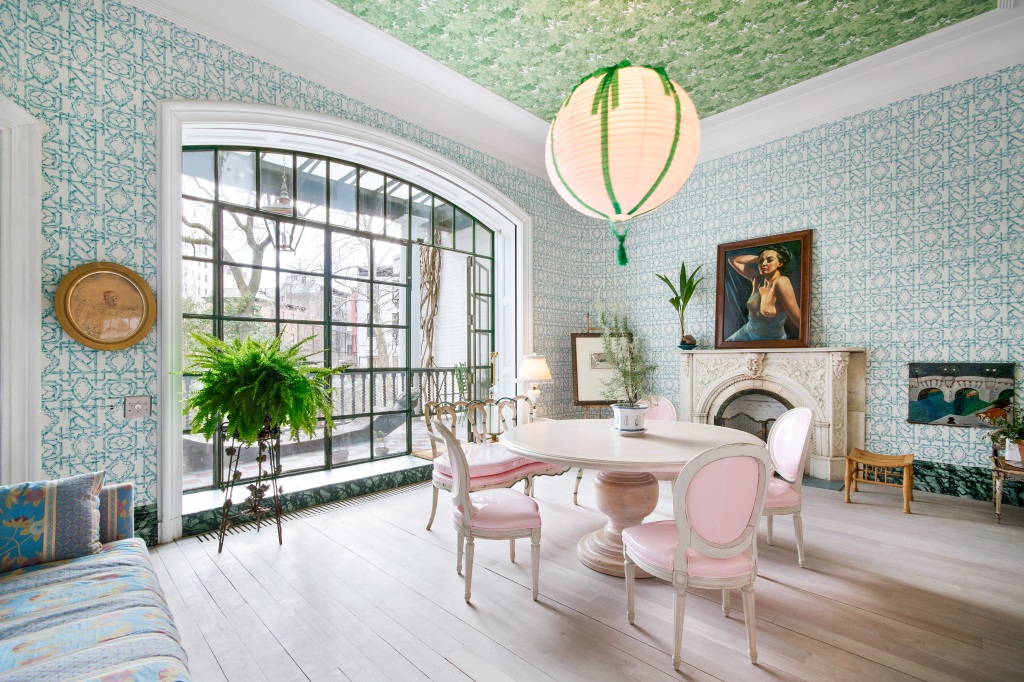 View an $18.5 M. New York Townhouse Designed by Julian Schnabel