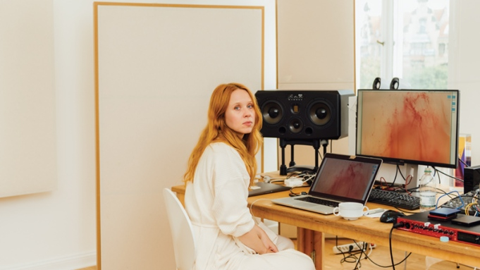 Portrait of Holly Herndon in her