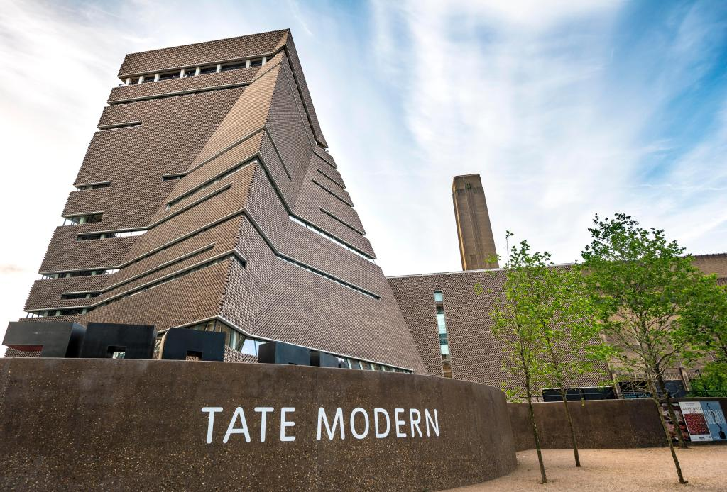 Art World Reacts to Controversial Tate 'Head of Coffee' Position: 'This Is Our Reality'