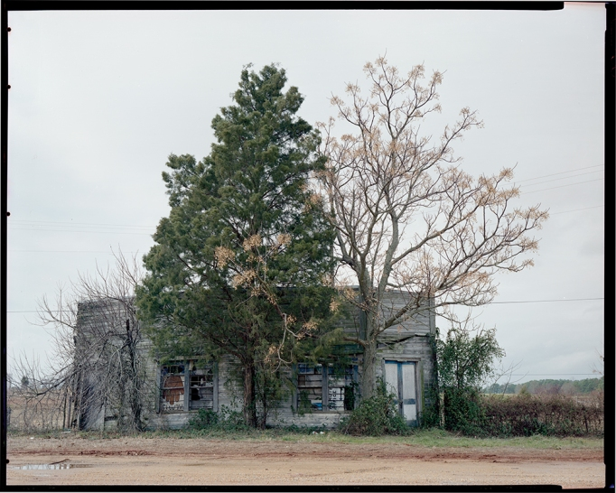 William Christenberry, Palmist Building, Winter View,