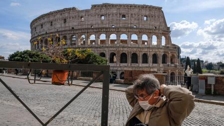 A tourist in Rome