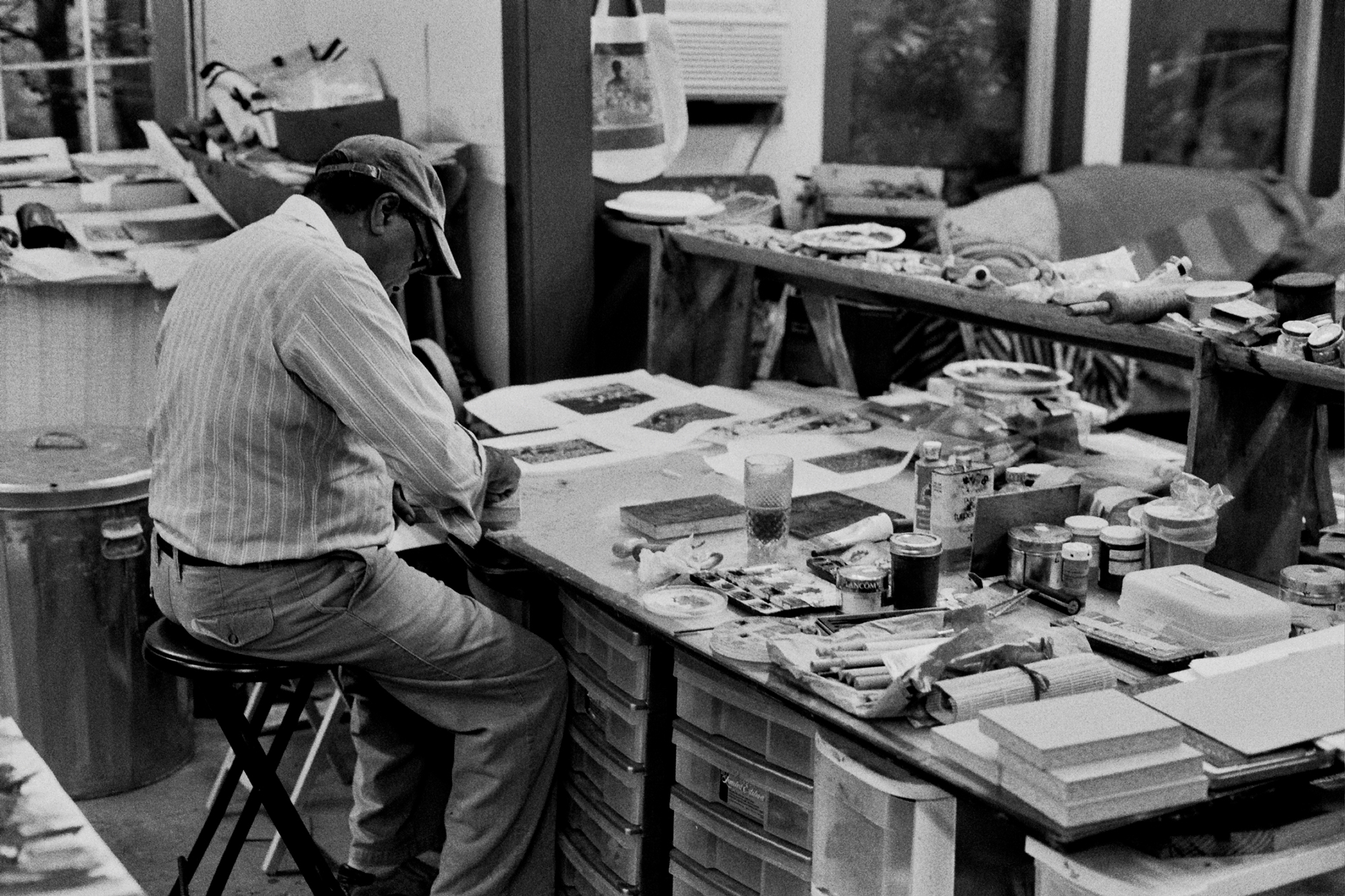 David C. Driskell in his studio, photographed by Lyle Ashton Harris in 2015.