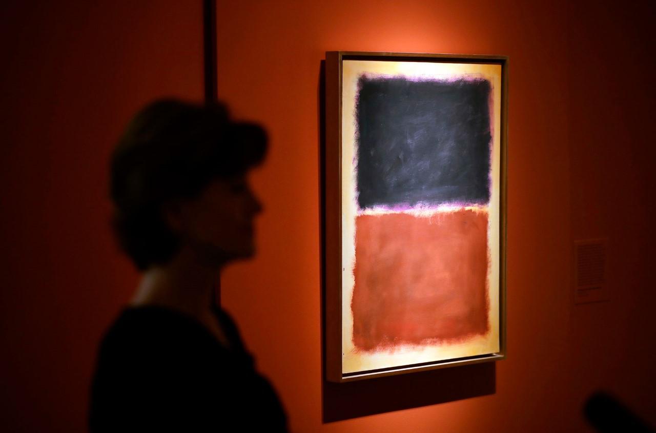 A fake Rothko hanging in Knoedler gallery.