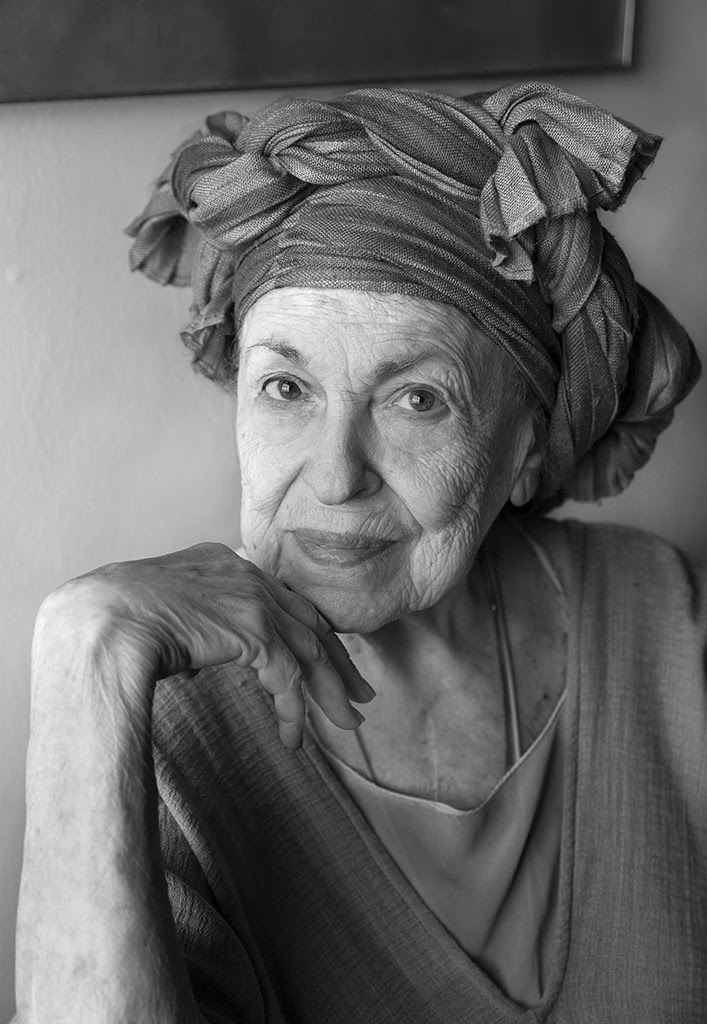 Helène Aylon, Eco-Feminist Artist Who Pondered Change, Is Dead at 89 of Coronavirus-Related Causes