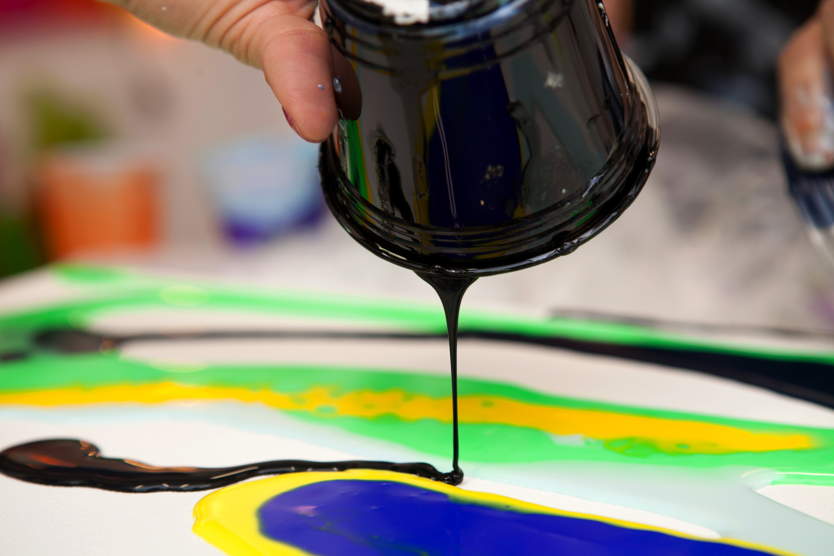 Best Pouring Mediums for Acrylic Paint to Add Flow to Your Work –  ARTnews.com