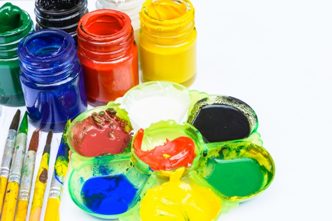 Mix color on tray for paint