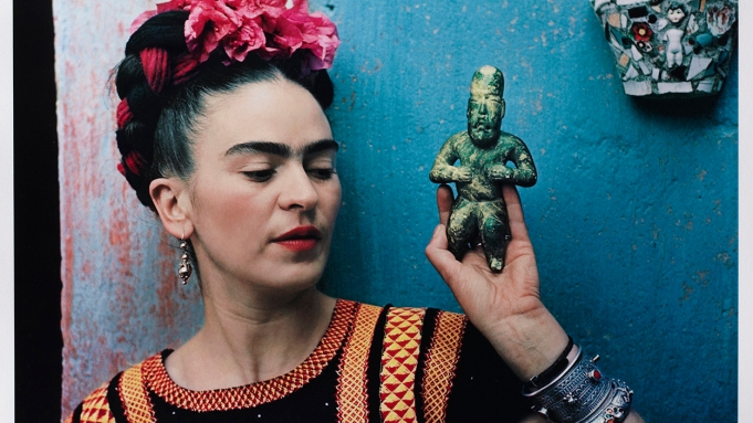 Frida Kahlo portrait Nickolas Muray Coyocan