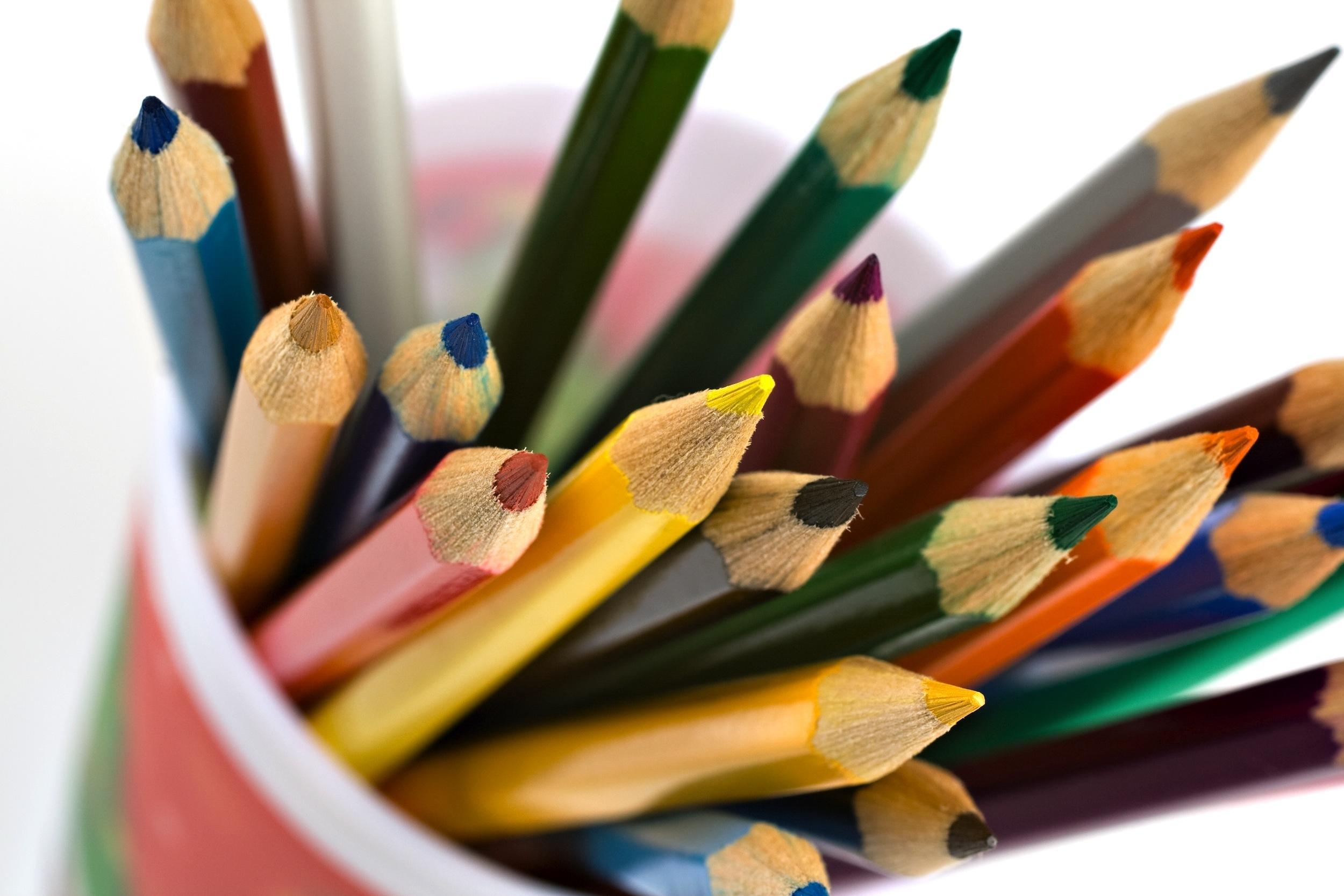 https www artnews com art news product recommendations best pencil cups 1202689661