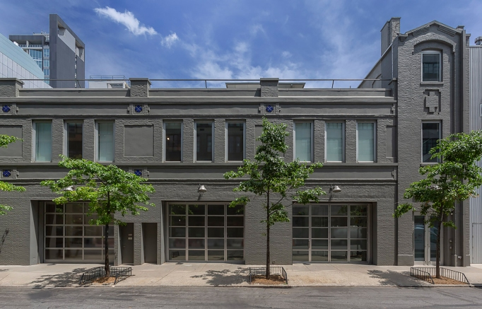 Exterior of Gladstone Gallery's 24th Street