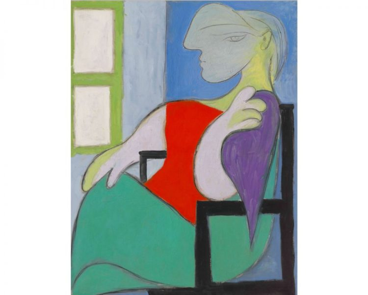 Pablo Picasso, 'Femme assise près d'une fenêtre (Marie-Thérèse)', 1932. An abstracted woman sits in a chair, her gaze directed at the viewer. Behind her is a window.