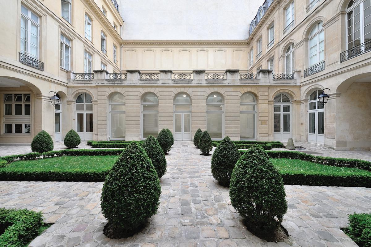Marian Goodman's Paris space on rue du Temple.